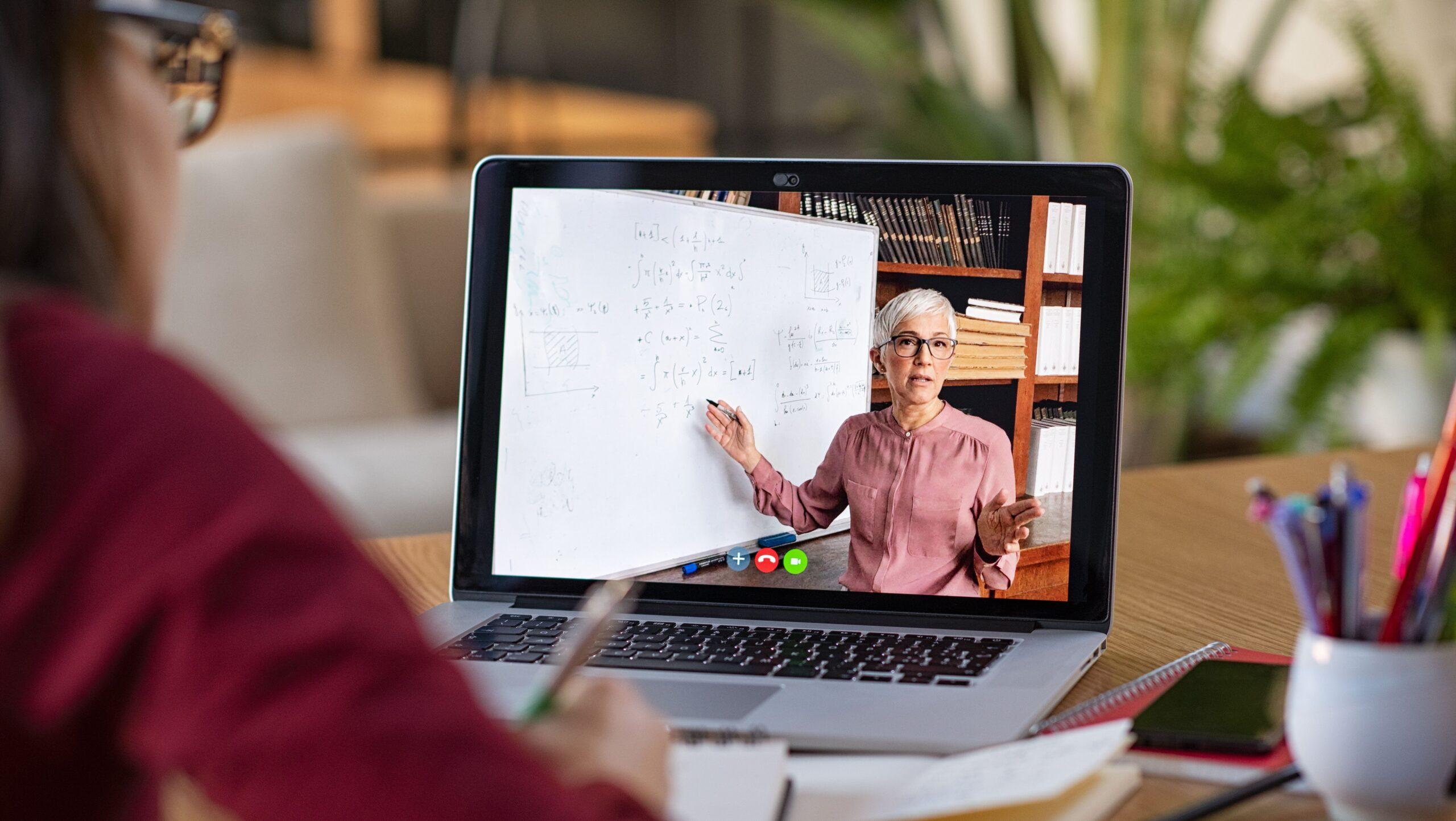 Hibrit Eğitim Programı Nedir